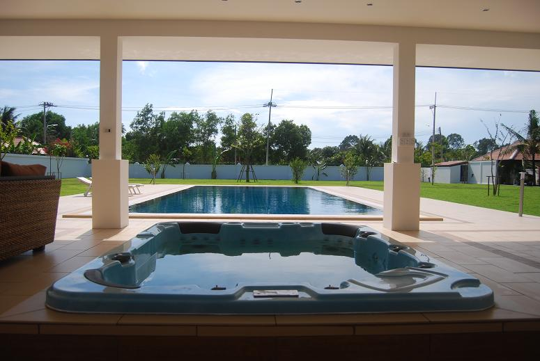 Home swimming pools Thailand